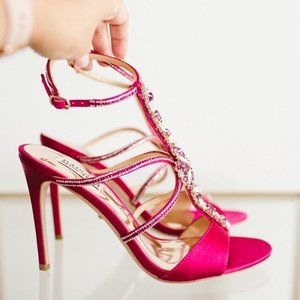 Badgley Mischka Faye Ankle Strap Sandal 8 Red Pink